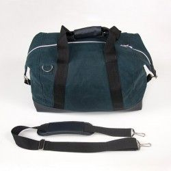 Duffle bag sewing pattern and step by step tutorial. Travel bag for a man or a woman.