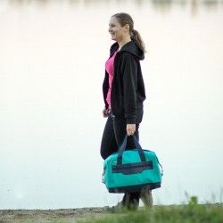 Travel bag for a woman - how to sew a weekender bag.