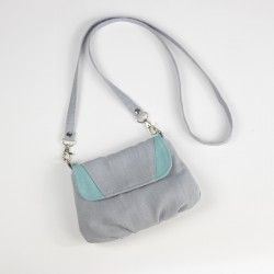 Small flap handbag for a girl, free sewing pattern.