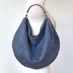How to sew a slouchy bag with a zipper closure. Bag sewing pattern.
