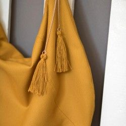 Tassel bag charm. How to sew a shoulder bag with a zipper and lining.