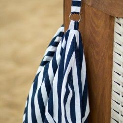 Striped hobo bag - sewing pattern and tutorial. How to sew a slouchy bag.