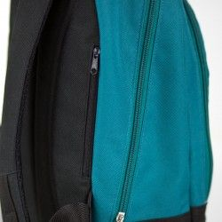 Backpack with a discreet zippered pocket on the back. How to sew a zippered pocket.