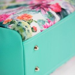 How to install purse feet, how to stiffen bag's bottom - bag sewing pattern and tutorial