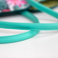 How to sew corded handbag handles. Faux leather rolled handles tutorial. Rouleaux bag straps.