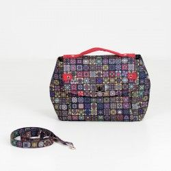 How to sew a diamond shaped handbag. Flap purse sewing pattern and tutorial.