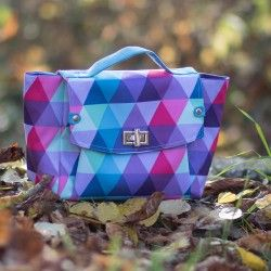 colorful bag with removable shoulder strap. Bag sewing pattern and tutorial.