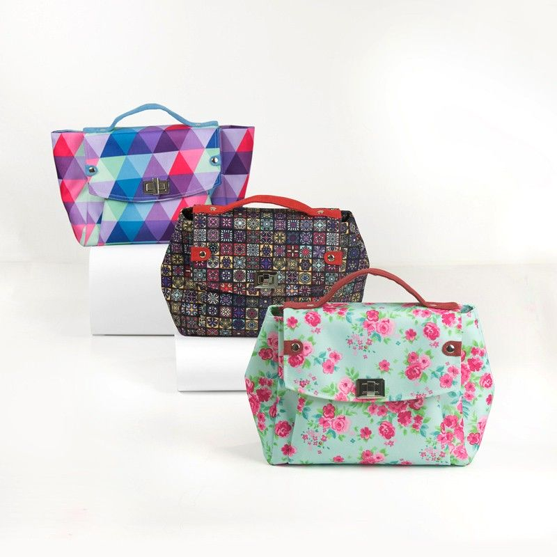 Medium handbag with a flap and a twist lock - sewing pattern and tutorial.