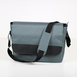 Large bag with a flap and a zipper closure. Men's bag with adjustable strap and shoulder pad.