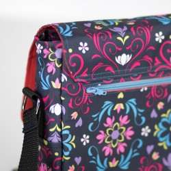 Laptop bag sewing pattern. How to sew a zippered pocket tutorial.