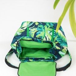 How to sew a summer backpack with a lining and a drawstring closure.