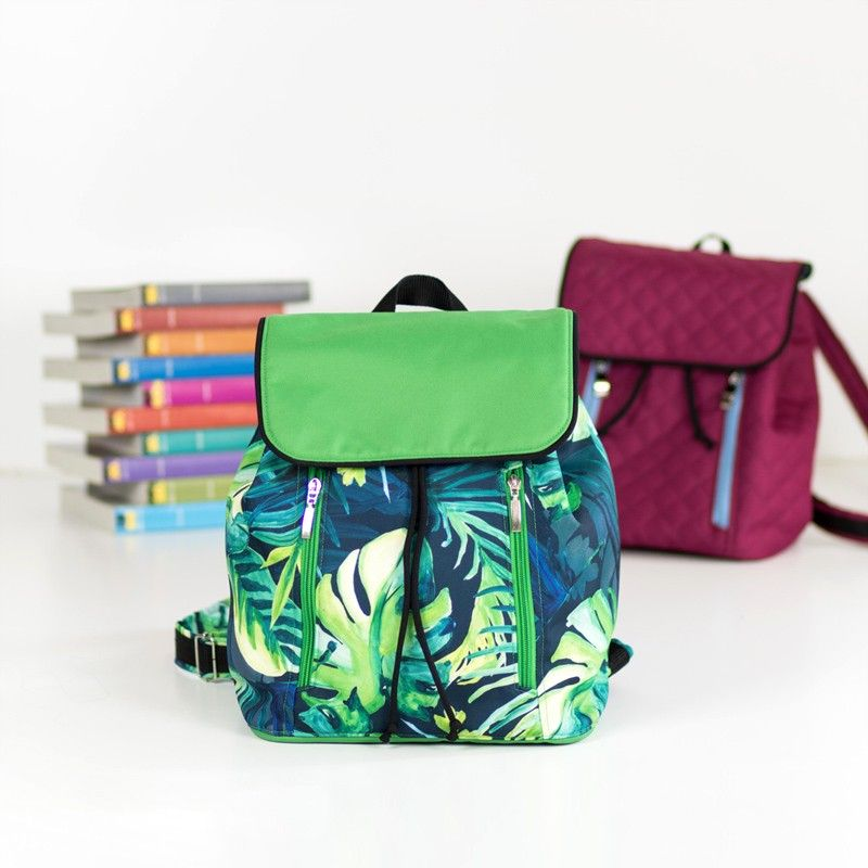 How to sew a medium backpack with a flap. Summer backpack sewing pattern and tutorial.