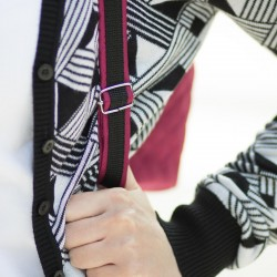 How to sew adjustable shoulder straps with contrasting edges, tutorial.