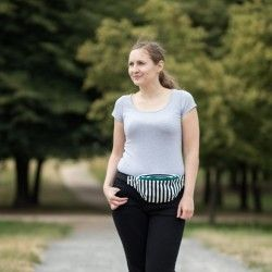 Black and white, striped fanny pack. How to sew a hip bag.